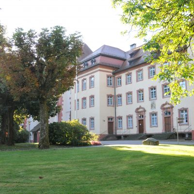 Abteigebäude